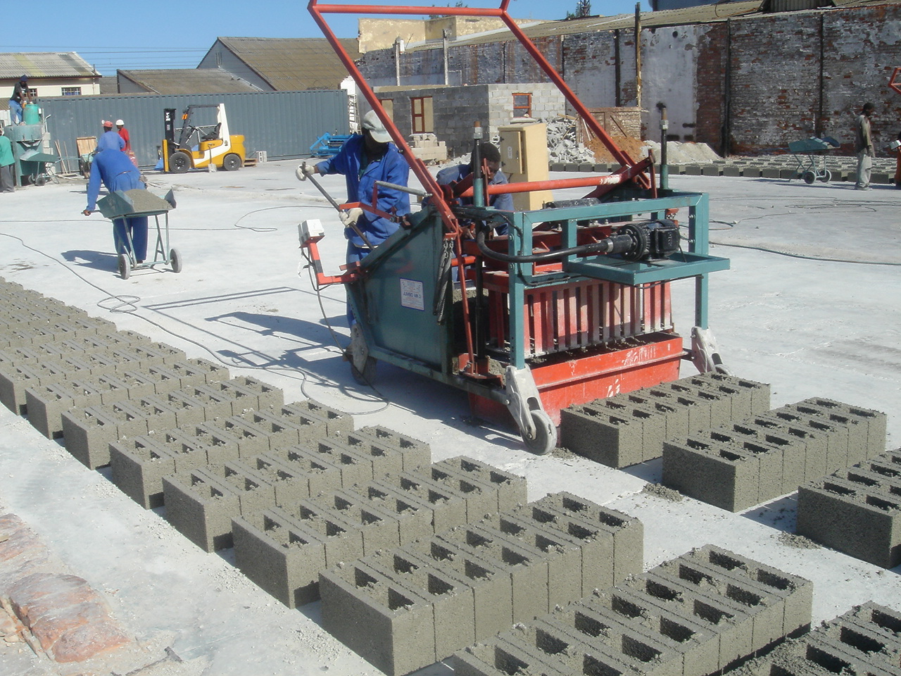 BLOCK AND BRICKS PRODUCTION BUSINESS PLAN IN NIGERIA